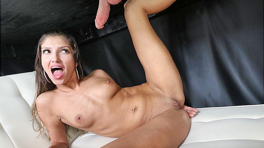 Karina Kaifova - Got Mylk?