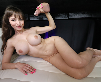 Lexi Luna at mylked